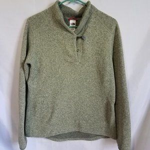 The North Face Sweater Large-missing button